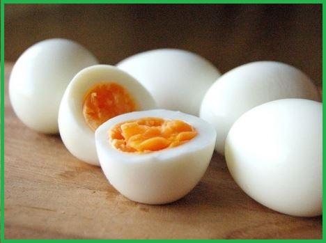 ゆで 卵 と 生 卵 の 見分け 方